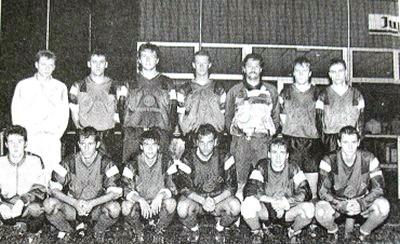 Anhée - L'équipe de football de la saison 1995.