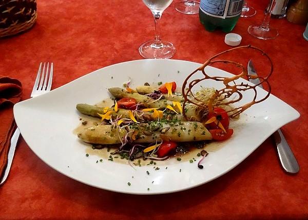 """Le restaurant """"Le sabot de Vénus"""" à Bure les Templiers, tient toujours ses promesses !"""