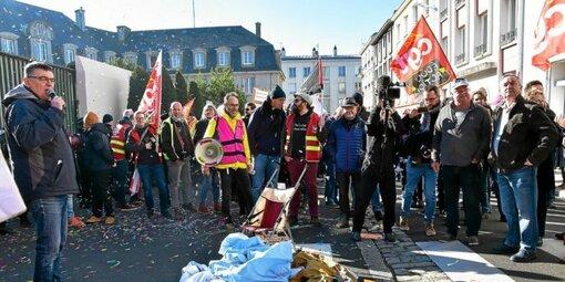 Près de 3 000 manifestants à Brest contre la réforme des retraites (LT.fr-6/02/20-11h40)
