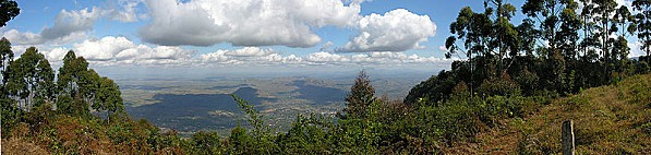 800px-2005-07-10_Queens_View-_Malawi.jpg