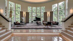 """Résultat de recherche d'images pour """"salle de musique de luxe"""""""