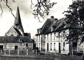 LES REMPARTS DE GRANDMESNIL (Calvados)
