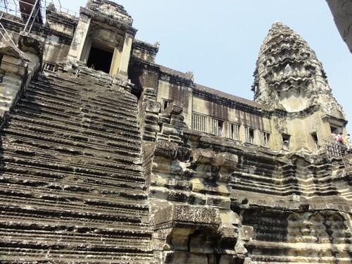 16 février:Angkor 1
