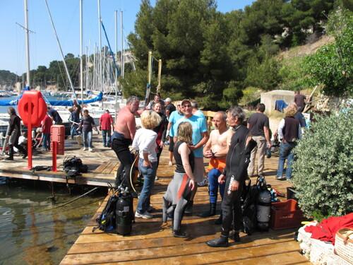 Cassis: Plus de 16 m³ de détritus retirés des fonds de Port Miou