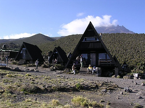 Horombo Hut in Kilimanjaro Park 001