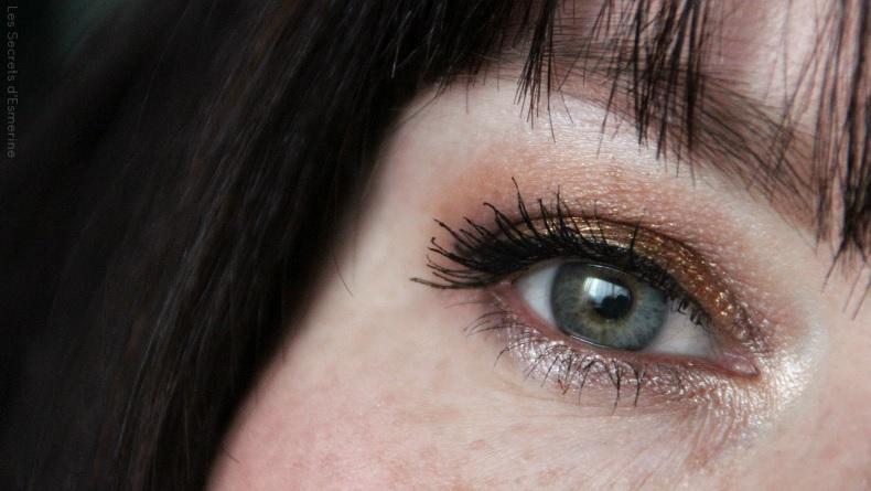 Make up de Noël : Or sur les yeux