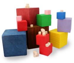 Cubes de María Antonia Canals