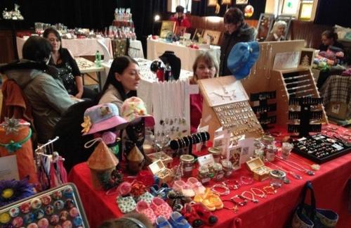 La suite des amies sur les marchés de Noël