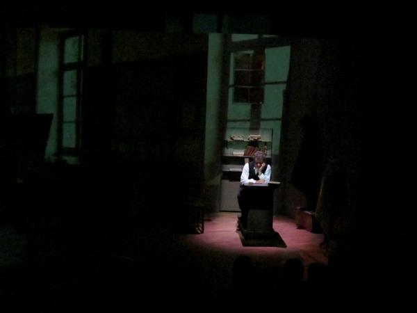 """Il faut aller voir """"L'enfant"""" de Jules Vallès  présenté salle Kiki de Montparnasse par la Compagnie des Gens"""