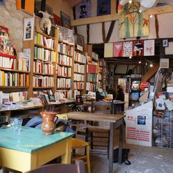 La Librairie-Tartinerie de Sarrant (32)