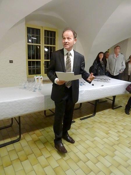 La remise des diplômes aux lauréats du concours des maisons fleuries 2013, à Châtillon sur Seine...