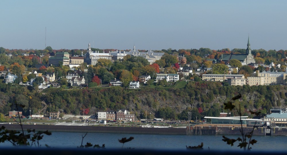 Québec: le quartier du petit Champlain et le Château Frontenac...