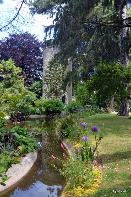 Le parc Emmanuel Liais.