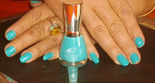 7-.swatchs-vernis-yes-love-002.JPG