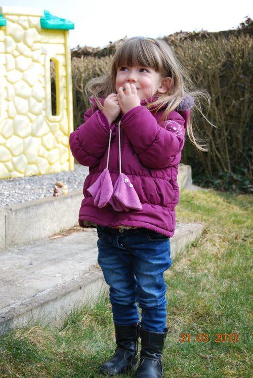 -  Célie cherche ses oeufs
