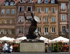 Varsovie-place-du-marche-petite-sirene