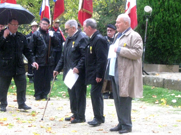 La commémoration du 11 novembre 2017 à Châtillon sur Seine vue par René Drappier
