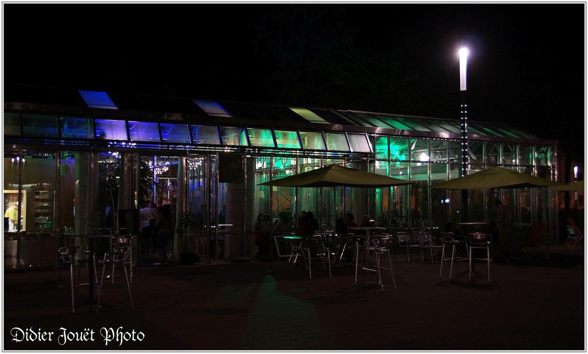 (85) Vendée - La Roche sur Yon (1) - Place Napoléon / Photos de nuit