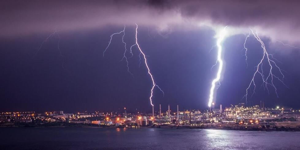 """Résultat de recherche d'images pour """"zen devant l'orage"""""""