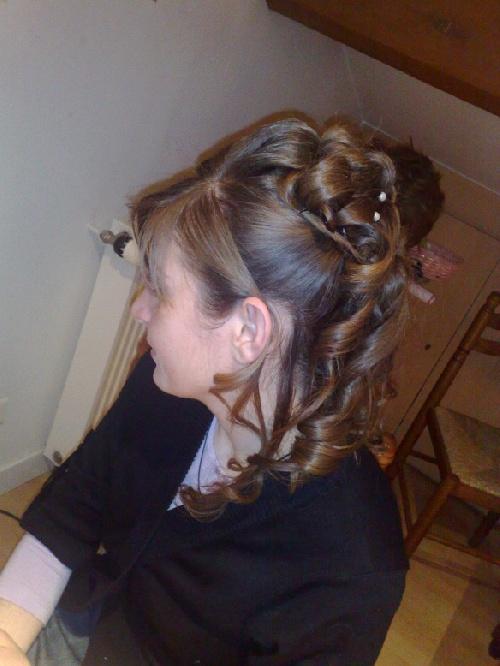 chignons mariées, coiffures de soirées...