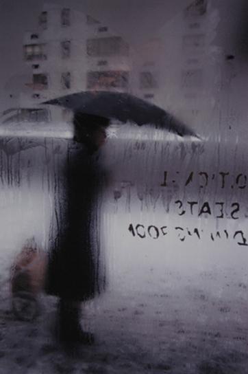 13 - Saul Leiter et la pluie