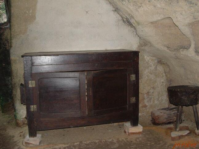le village troglodyte de Rochemenier , un monde souterrain de la période XIIIe et XIXe siècle ( la vie d'autrefois )