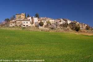 le village d'Entrevennes