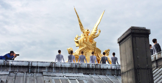 statue-doree