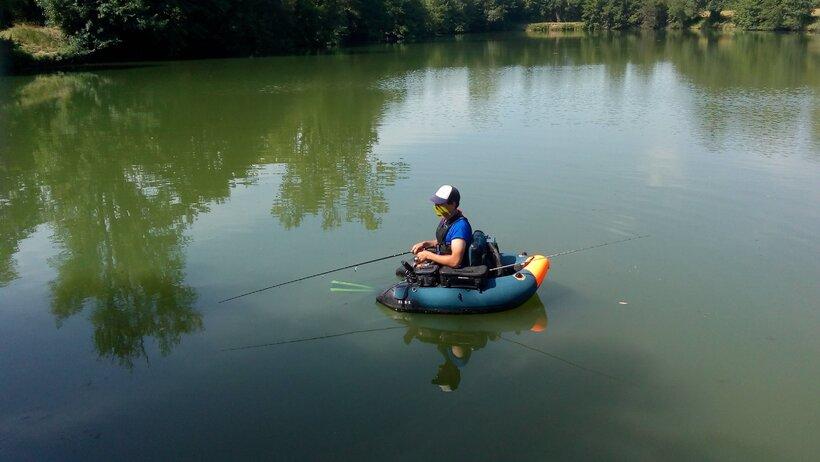 le float tube pour pécher sur les lacs
