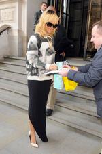Rihanna quitte son hôtel