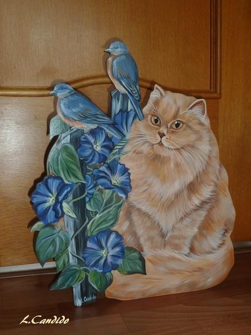 Le chat persan et les ipomées