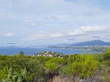 Du coin pique-nique, vers la rade de Toulon