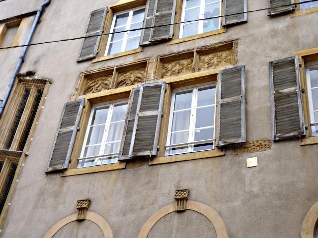 Façades de Metz l'Hôtel de Heu 9 2010