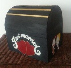 Préparation d'urne pour un mariage