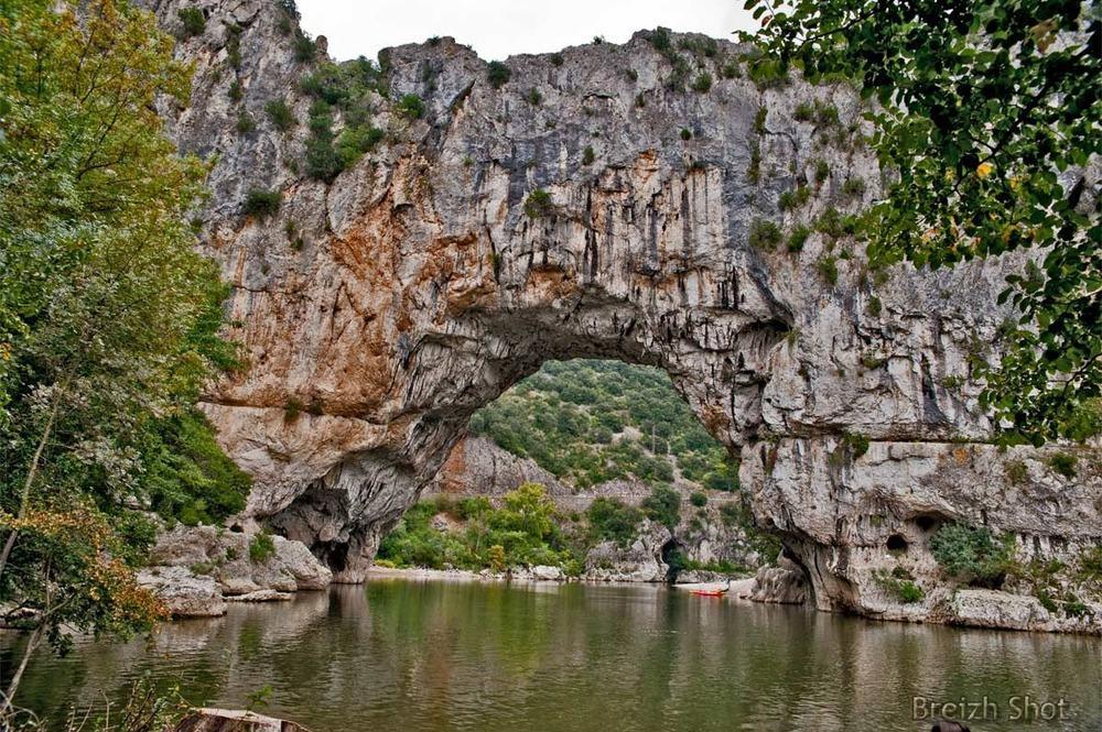 pont d'Arc dans les gorges d'Ardèche