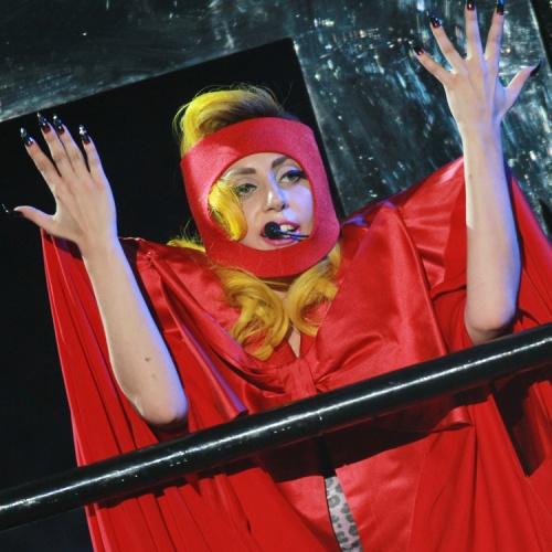 Les ongles que j'adore Lady Gaga