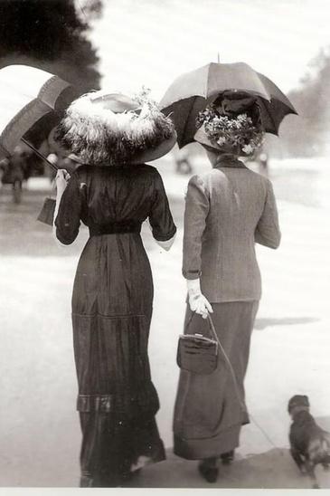 03 - Photos anciennes avec ombrelle