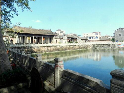 Une ville du passé (1)