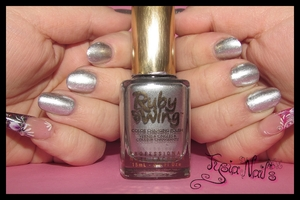 Color Club - Ruby Wing - MEADOW