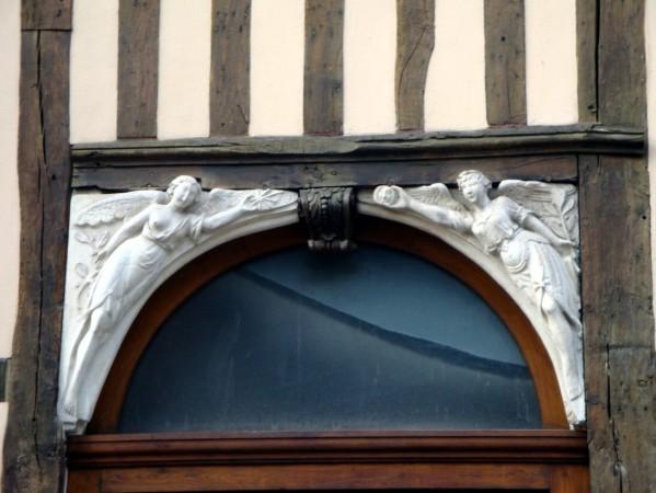 Rue d'Amiens 3