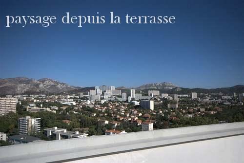 """14 octobre 1952 : inauguration de la  """" cité radieuse """"  à Marseille"""