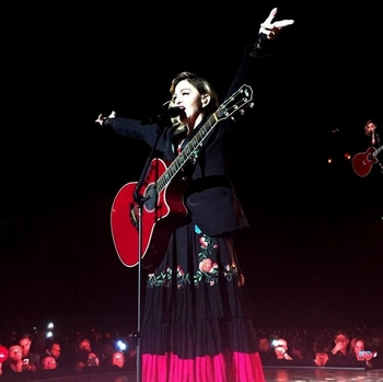 Rebel Heart Tour - 2016 01 07 Mexico DF (1)