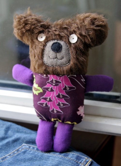 Doudou ours purple