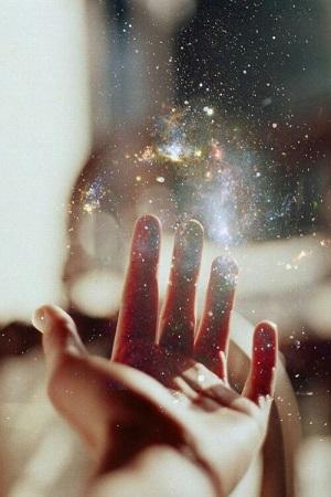 Un jour ... une main ...