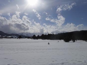 """La """"grande mouillère"""" couverte de neige au col de la Quillane"""