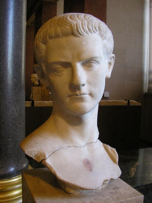 Macron le romain...