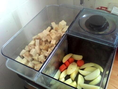 Pommes de terre (et igname et carottes) à l'ail