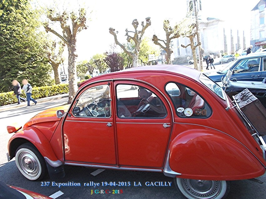 ANIMATIONS LA GACILLY  EXPOSITION AUTOMOBILES  4/5    14/09/2015
