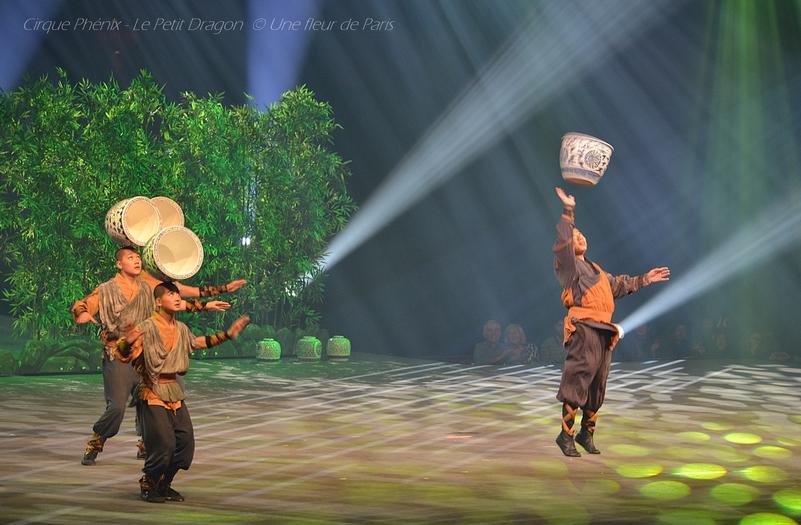 Cirque Phénix - Le Petit Dragon : (4) - Les Jarres du Temple
