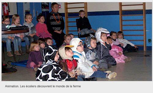 LE TÉLÉGRAMME - 21/11/2012 - Animation. Les écoliers découvrent le monde de la ferme